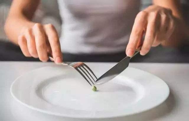 不吃晚饭能减肥吗?